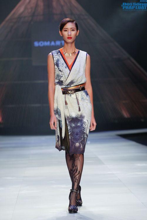 Cô gái bị chê vô lễ của Next Top Model làm vedette show NTK Nhật - Ảnh 6