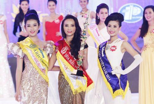 Hình ảnh nhí nhảnh của tân Hoa hậu Việt Nam 2014 thời học sinh - Ảnh 1