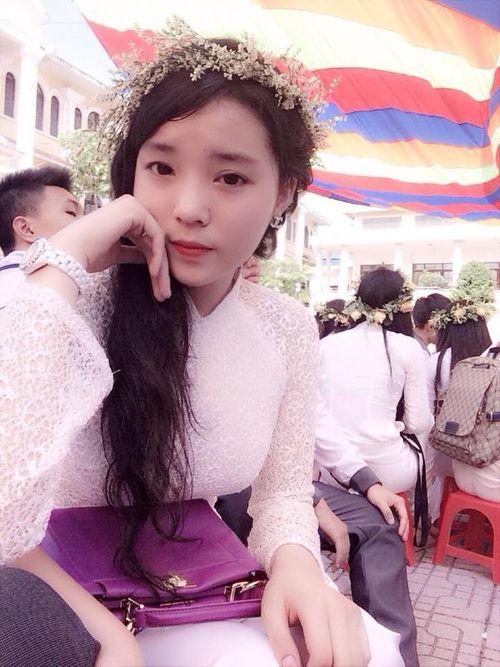 Hình ảnh nhí nhảnh của tân Hoa hậu Việt Nam 2014 thời học sinh - Ảnh 3