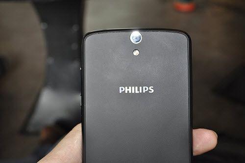 """Philips tung smartphone """"pin trâu"""" 2 tháng, giá 5,5 triệu  - Ảnh 5"""