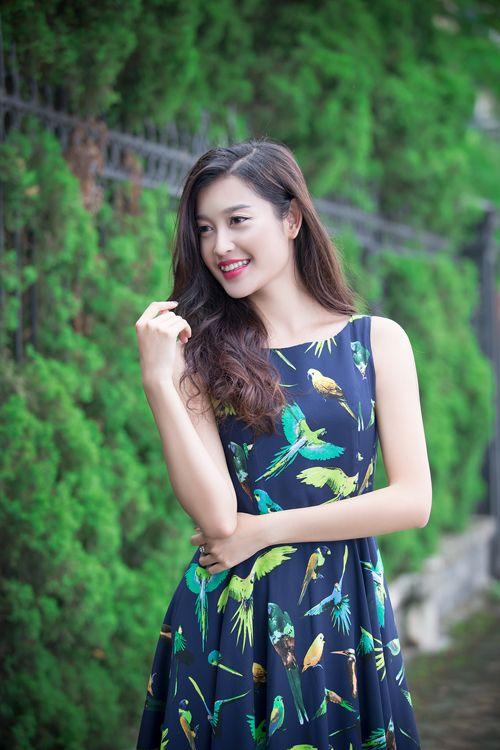 Chiêm ngưỡng vẻ đẹp ngọt ngào quyến rũ của Á hậu 1 Huyền My - Ảnh 12