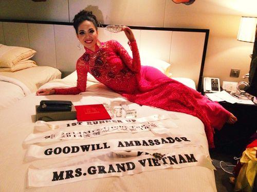 Ngân Hà đăng quang Á hậu 1 Hoa hậu quý bà toàn cầu 2014 - Ảnh 3