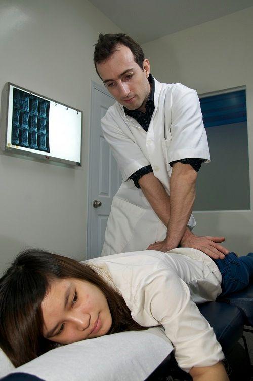 Thoát vị đĩa đệm có thể điều trị hiệu quả tại phòng khám ACC Hà Nội   - Ảnh 2