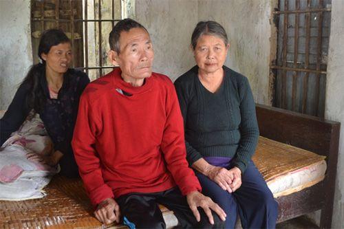 30 năm chăm ba đứa con bệnh tật - Ảnh 1