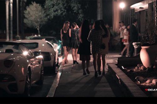 Video: Choáng ngợp trước dàn siêu xe của sinh viên Trung Quốc - Ảnh 1