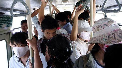 Tuyệt chiêu đối phó với nạn quấy rối tình dục trên xe buýt - Ảnh 1