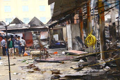 Toàn cảnh hiện trường vụ cháy chợ ở huyện Xín Mần, Hà Giang - Ảnh 4