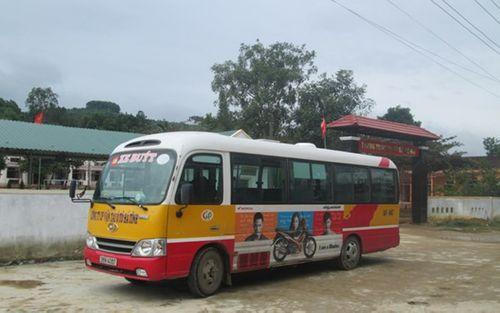 600 học sinh nghỉ học: Thuê 2 xe buýt chỉ có 4 em trở lại trường - Ảnh 1