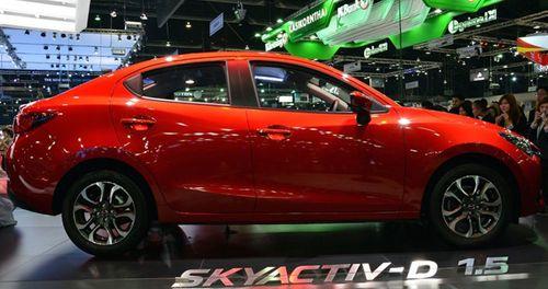 Xem trước Mazda 2 sedan 2015 trước khi về Việt Nam - Ảnh 1
