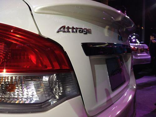 Mitsubishi Attrage - Sedan nhập khẩu, giá từ 468 triệu đồng - Ảnh 4