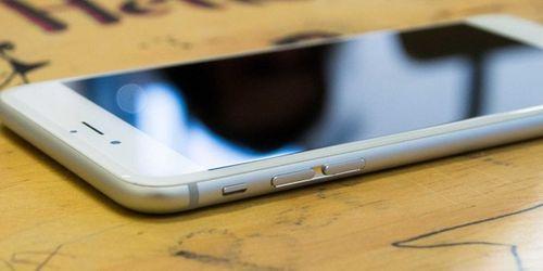 Vì sao iPhone 6 Plus đáng mua hơn iPhone 6? - Ảnh 1