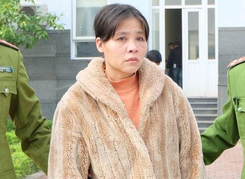 """""""Mẹ mìn"""" bắt cóc trẻ em giữa ban ngày ở Hà Nội khai gì? - Ảnh 1"""