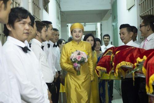 """Toàn cảnh ngày """"Đại hỉ"""" của 4 cặp đôi đình đám trong showbiz Việt - Ảnh 12"""