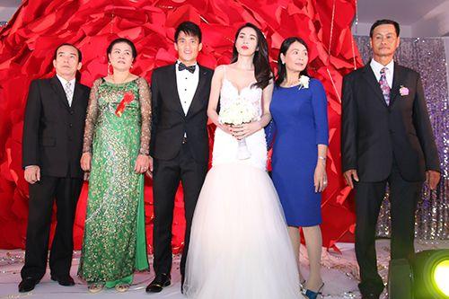 """Toàn cảnh ngày """"Đại hỉ"""" của 4 cặp đôi đình đám trong showbiz Việt - Ảnh 7"""