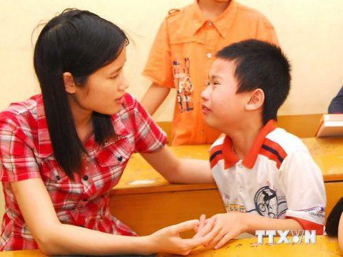 Trẻ tự kỷ chưa được hưởng các chính sách cho người khuyết tật - Ảnh 1