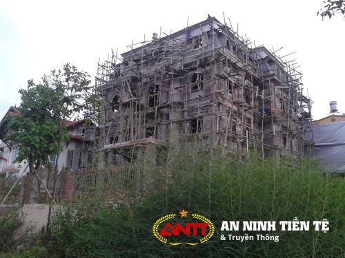 Nữ đại gia buôn chuối xây biệt thự khủng bên sông Hồng - Ảnh 5