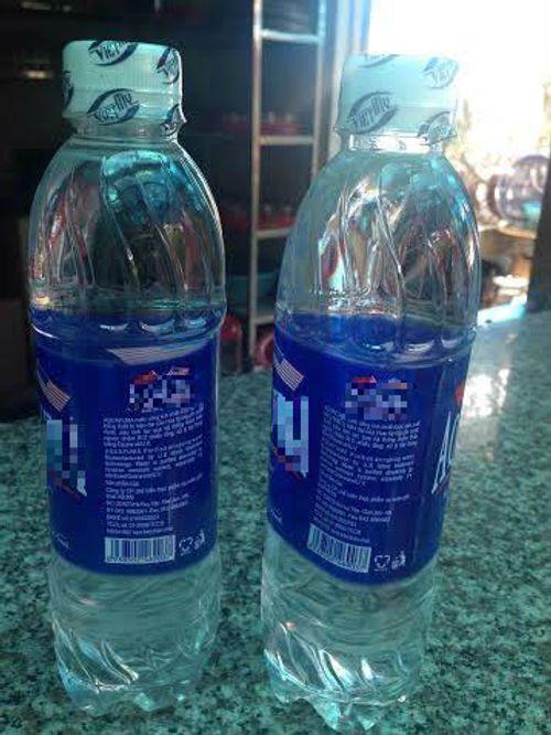Nghệ An: Đã xác định 21 cơ sở sản xuất nước đóng chai vi phạm chất lượng - Ảnh 1