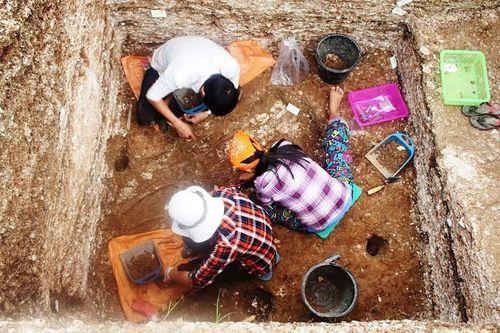 Hà Tĩnh: Phát hiện 3 bộ di cốt người cổ có niên đại 5.000 năm - Ảnh 1