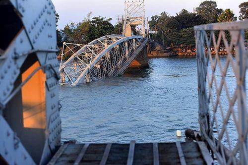 Tình tiết mới trong vụ sà lan đâm sập cầu Ghềnh ở Đồng Nai - Ảnh 2
