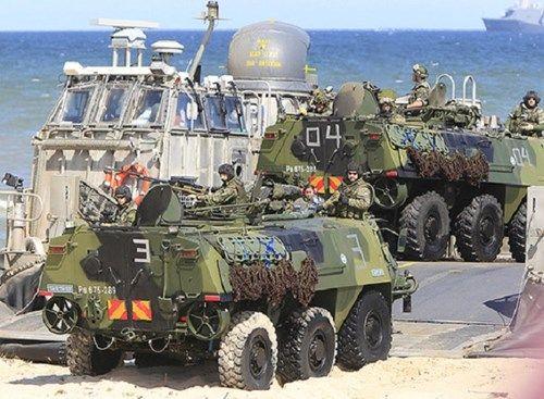 4.000 binh sĩ sắp được NATO điều đến Nga - Ảnh 1