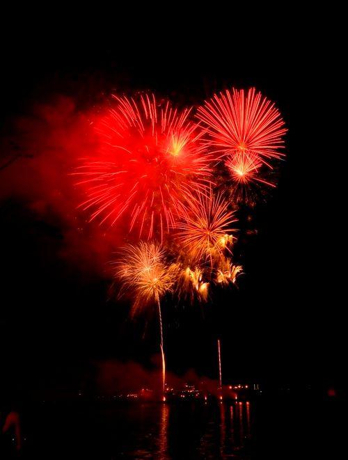 """Mãn nhãn với """"bữa tiệc"""" pháo hoa mừng 41 năm thống nhất đất nước - Ảnh 4"""