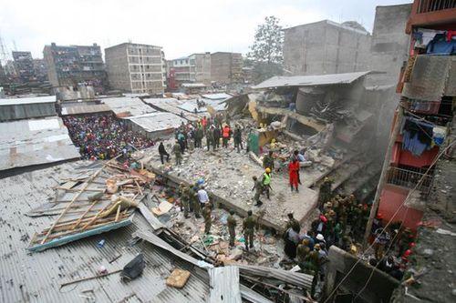 Sập chung cư tại Kenya: Số người thiệt mạng tăng lên 16 người - Ảnh 1