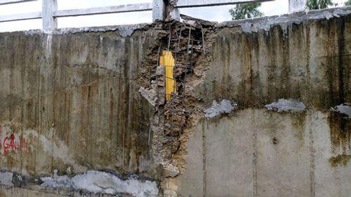 Chưa bàn giao, cầu máng của công trình trăm tỷ đã gãy sập - Ảnh 2