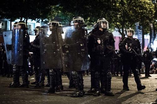 An ninh được đẩy lên mức cao nhất trước chung kết Euro - Ảnh 3