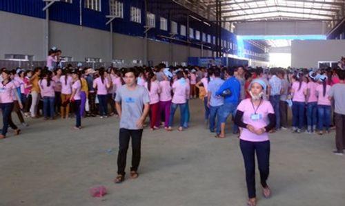 Chế độ quá thấp, hơn 1.000  công nhân ở Quảng Nam đình công - Ảnh 1
