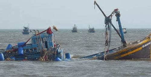 Đã có thông tin về 7 ngư dân mất liên lạc trên biển - Ảnh 1