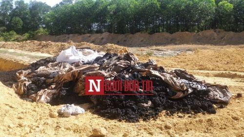 Cần làm rõ sự việc xả lũ bất thường ở các đập cạnh khu vực chôn rác - Ảnh 3