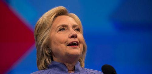 Đảng Dân chủ của bà Clinton bị chia rẽ trầm trọng - Ảnh 1