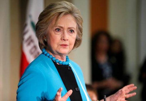 Cựu Ngoại trưởng Mỹ Hillary Clinton bị FBI thẩm vấn - Ảnh 1