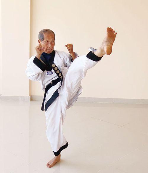 Chuyện cảm động về võ sư lấy võ thuật, y đức cảm hóa nhiều đối tượng giang hồ - Ảnh 1
