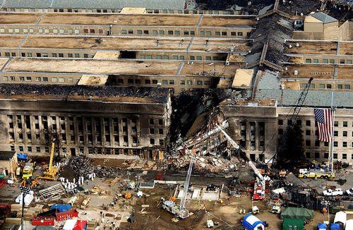 Người soát vé cho 2 tên không tặc vụ tấn công Lầu Năm Góc ngày 11/9 lên tiếng - Ảnh 2