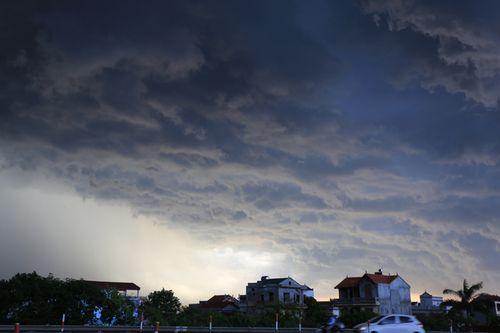 Dự báo thời tiết ngày mai 4/9: Bắc Bộ, Trung Bộ mưa rào và dông rải rác - Ảnh 1