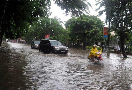 Dự báo thời tiết ngày mai 7/9: Trung Bộ, Nam Bộ có mưa to trên diện rộng - Ảnh 1