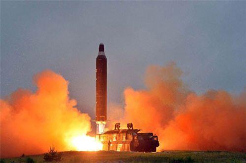 Hội đồng Bảo an lên án mạnh mẽ vụ phóng tên lửa của Triều Tiên - Ảnh 1