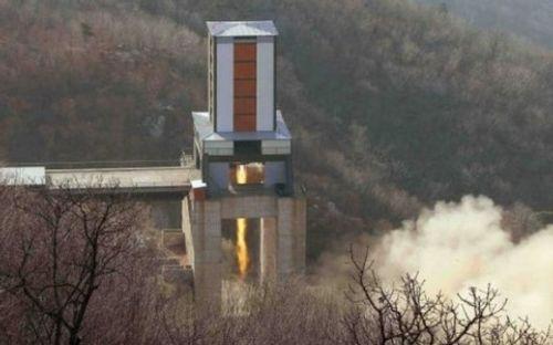 Hàn Quốc tập trận áp sát Triều Tiên: Nguy cơ xung đột cận kề - Ảnh 1