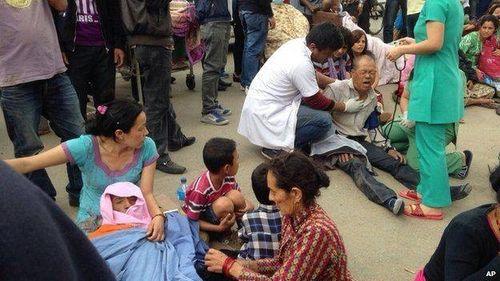 Thảm họa động đất ở Nepal, ít nhất 500 người đã chết - Ảnh 3