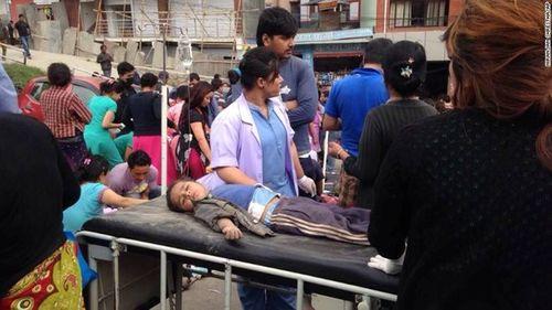 Thảm họa động đất ở Nepal, ít nhất 500 người đã chết - Ảnh 4