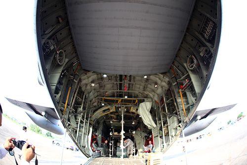 """Khám phá máy bay """"siêu tải"""" của Mỹ tại Đà Nẵng - Ảnh 5"""