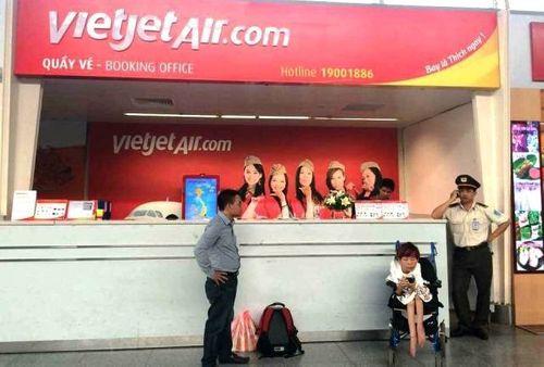Từ chối vận chuyển khách khuyết tật: Vietjet Air nói gì? - Ảnh 1