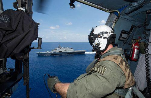 """Mỹ -Trung Quốc thỏa thuận """"quy tắc ứng xử"""" khi chạm trán trên biển - Ảnh 2"""