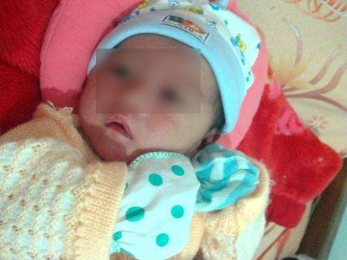 Nghịch cảnh cháu bé 8 tháng tuổi 2 lần bị bỏ rơi xôn xao dư luận  - Ảnh 1