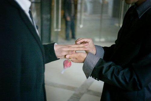 """Tâm sự của người đồng tính đi """"chợ tình"""" tìm bạn đời ở TQ - Ảnh 2"""
