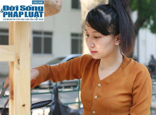 Cận cảnh nhan sắc cô gái Hà Nội bán bánh giò xinh đẹp như hotgirl - Ảnh 6