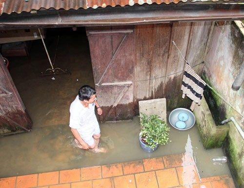 Mưa lớn, một người bị nước cuốn thiệt mạng - Ảnh 1