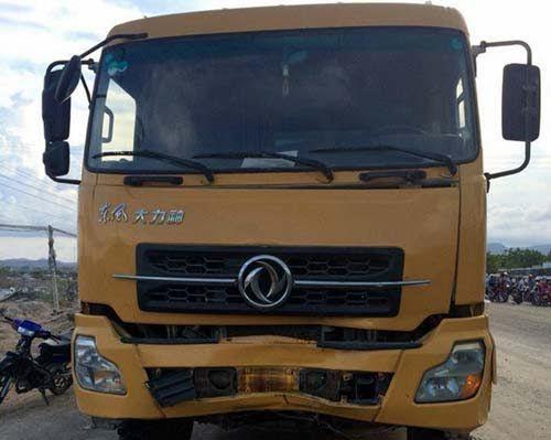 Xe tải đụng xe máy, 3 người tử vong tại chỗ - Ảnh 1