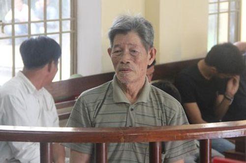 70 tuổi vẫn xâm hại trẻ em, giết vợ, sao không tử hình? - Ảnh 1